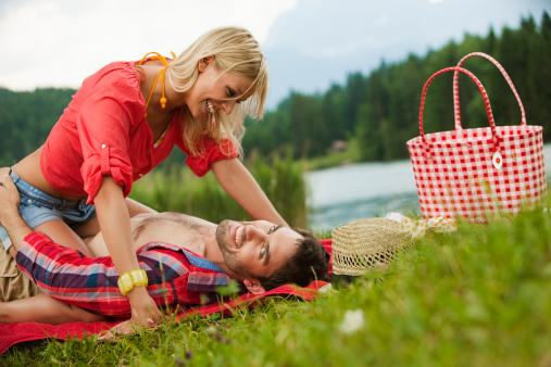 Picnic Sex | Naughty Guide