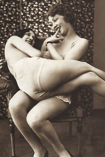 1920s Naughty Paris   Lesbians   Naughty Travels