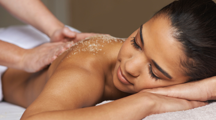 Using Aphrodisiacs To Cast A Sex Spell The Magic of Massage   Naughty Guide
