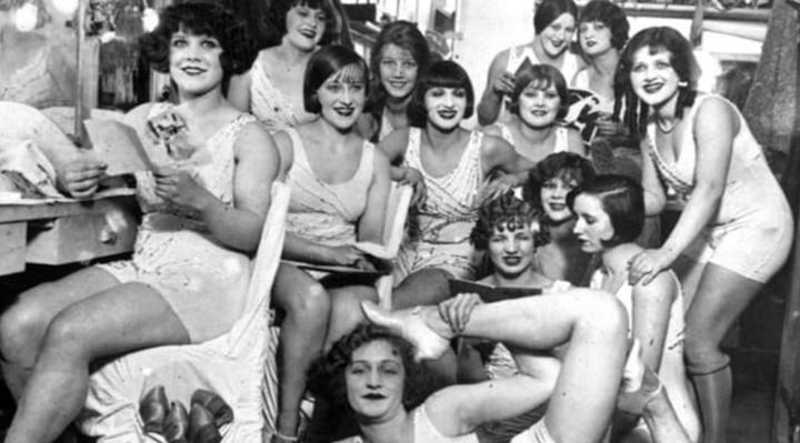 Naughty Paris 1920s   Naughty LA
