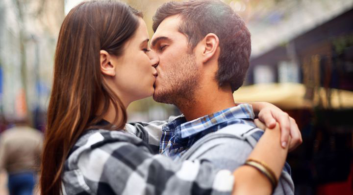 7 Reasons Kissing is Good For Your Health | Naughty LA