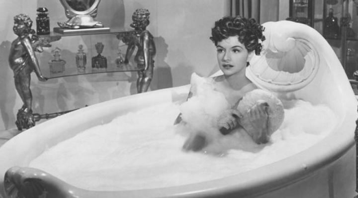 Naughty Bubble Bath Tips   Naughty LA